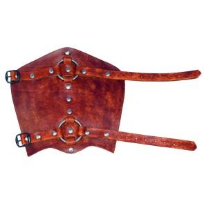 Ein Paar Lederarmschienen mit Ringen In Braun