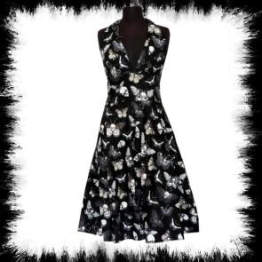 Kleid Mit Schmetterlingen Und Toten Köpfen