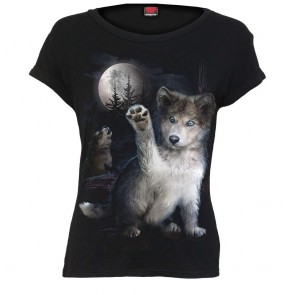 lady shirt wolf puppy